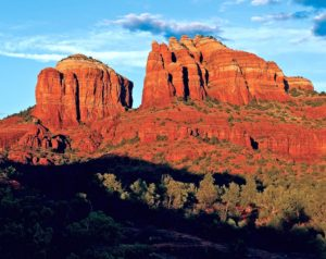 Best Hikes to Take in Sedona This Spring