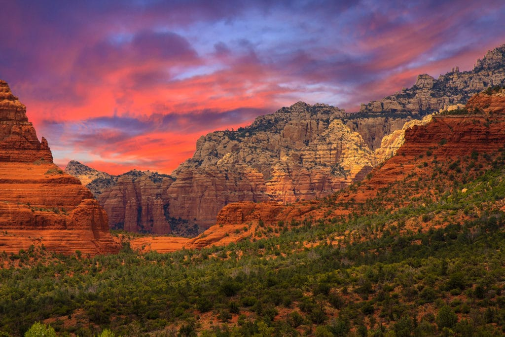 10 reasons to visit our Sedona bed and breakfast this summer and fall