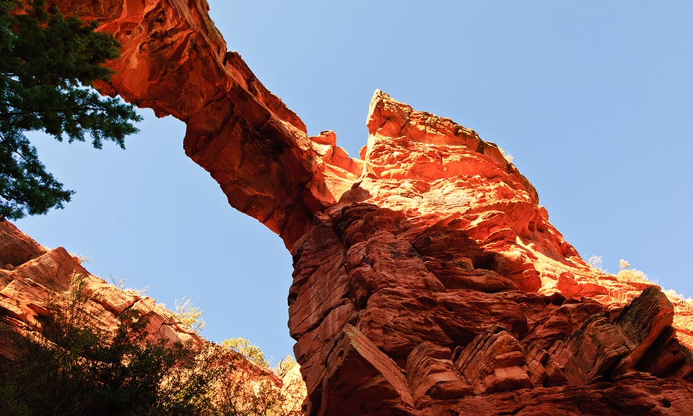 5 reasons to hike devil's bridge in Sedona this summer